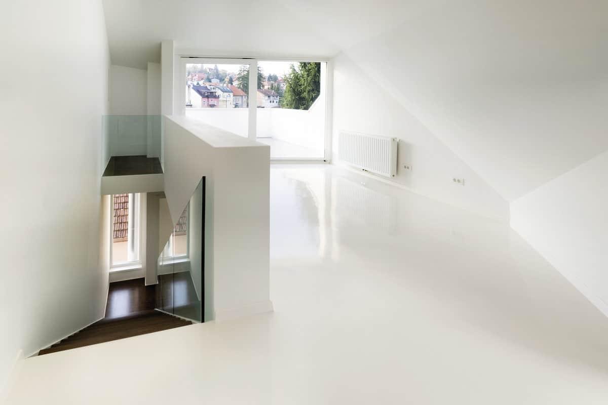 Witte Marmoleum Vloer : Gietvloer over bestaande vloer voordelen geschikte ondergronden